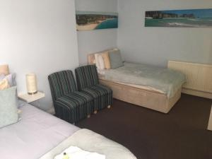 A seating area at Brierley Guesthouse