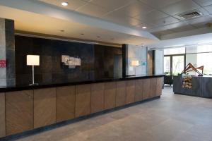 El vestíbulo o zona de recepción de Holiday Inn Express - Concepcion