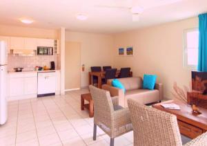 Uma área de estar em Apartamento Vacacional con Terraza en Curacao