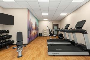 The fitness center and/or fitness facilities at Hyatt Place Tucson Central