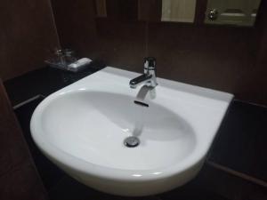 Vonios kambarys apgyvendinimo įstaigoje Aonang Eco Inn Hotel