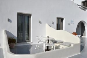 A balcony or terrace at Crystal Mare Suites