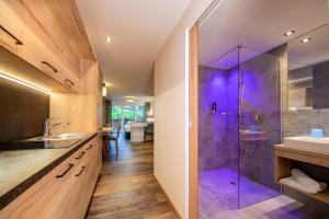 Ein Badezimmer in der Unterkunft Hotel Post Krimml
