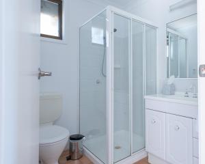 A bathroom at Hermitage Hideaway