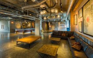 The lobby or reception area at Kawasaki King Skyfront Tokyu REI Hotel