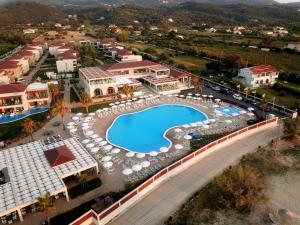 منظر Almyros Beach من الأعلى