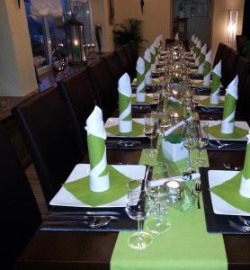 Restorāns vai citas vietas, kur ieturēt maltīti, naktsmītnē Zur Morschbach