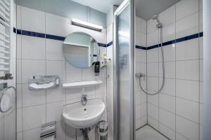 A bathroom at a&o Dresden Hauptbahnhof
