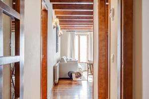 A seating area at Apartamento en Baqueira cota 1700 con garaje y wifi