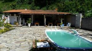 A piscina localizada em Pousada Rosenbaum ou nos arredores