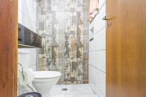 A bathroom at Hotel Holiday