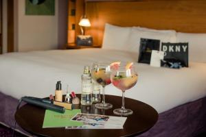 Drinks at Osprey Hotel