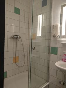 Ein Badezimmer in der Unterkunft Backpackers St. Pauli