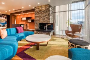The lounge or bar area at Fairfield Inn & Suites by Marriott Moses Lake