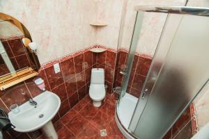 A bathroom at Hotel Egrisi