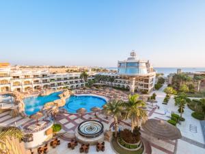 Вид на басейн у Seagull Beach Resort - Families and Couples Only або поблизу
