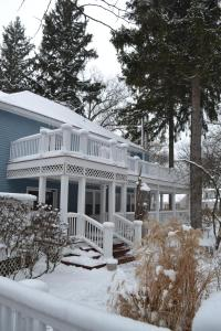 The Inn at Union Pier during the winter