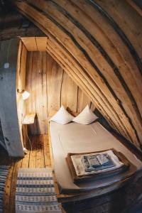 Televizorius ir (arba) pramogų centras apgyvendinimo įstaigoje Sunny nights Mini Hostel