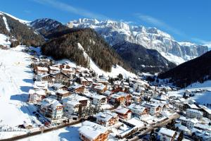 Hotel Garni Concordia - Dolomites Home im Winter