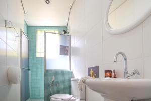 A bathroom at Brick Hostel
