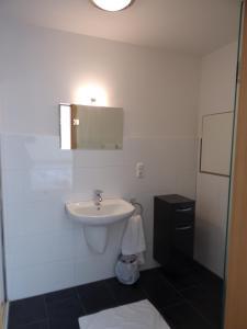 Ein Badezimmer in der Unterkunft Linden 2