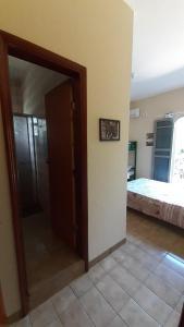 A bathroom at Moto Hostel Roncador