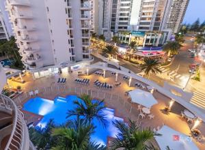 A view of the pool at Broadbeach Holiday Apartments or nearby