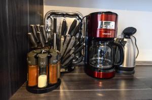 Coffee and tea-making facilities at Penthouse im Herzen Stuttgarts