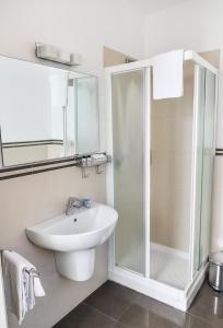 A bathroom at Albergo Ristorante Silvio