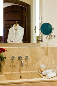 Ванна кімната в Mövenpick Resort Sharm El Sheikh