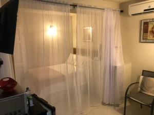 A bathroom at Glynver Apartments
