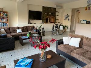 A seating area at Jo Marinis Rooms