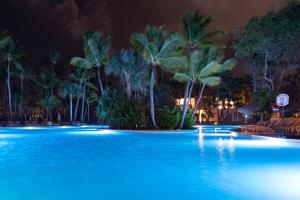 The swimming pool at or close to Grand Bavaro Princess All Suites Resort, Spa & Casino