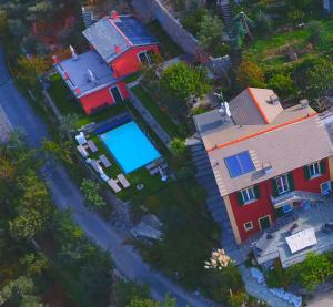 A bird's-eye view of Rooms and Breakfast Casa Balin