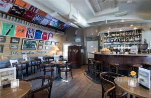 The lounge or bar area at Bilderberg Kasteel Vaalsbroek