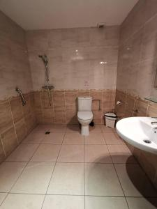 Un baño de Hotel Gran Sol