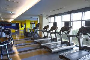 The fitness center and/or fitness facilities at Novotel Taipei Taoyuan International Airport