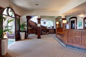 The lobby or reception area at Holiday Inn Ipswich Orwell
