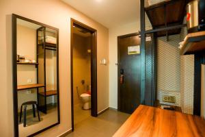 A bathroom at Marvelux Hotel
