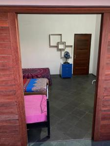 A seating area at Hostel das Oliveiras