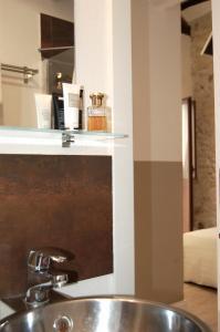 A kitchen or kitchenette at Via Garibaldi 120