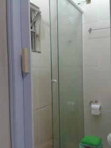 A bathroom at Sentir Bem
