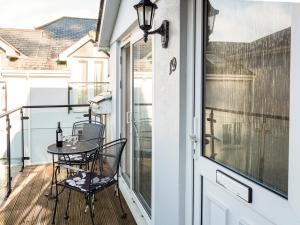 A balcony or terrace at 19 Bolt Head