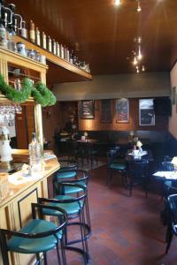 Ein Restaurant oder anderes Speiselokal in der Unterkunft Hotel Papendoor