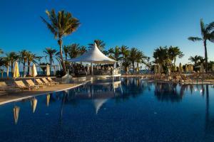 Het zwembad bij of vlak bij Radisson Blu Resort Gran Canaria
