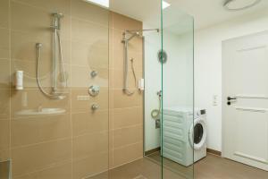 Ein Badezimmer in der Unterkunft ANA Living Augsburg City Center by Arthotel ANA