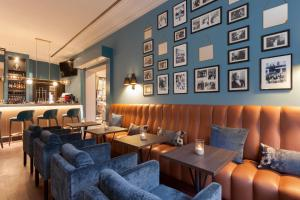 The lounge or bar area at Hotel Elephant Weimar, Autograph Collection