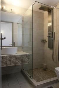 Ένα μπάνιο στο Mare Vista Hotel - Epaminondas
