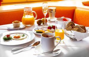 Frühstücksoptionen für Gäste der Unterkunft Bio- und Wellnesshotel Alpenblick