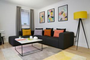 A seating area at Monarch House - Serviced Apartments - Kensington